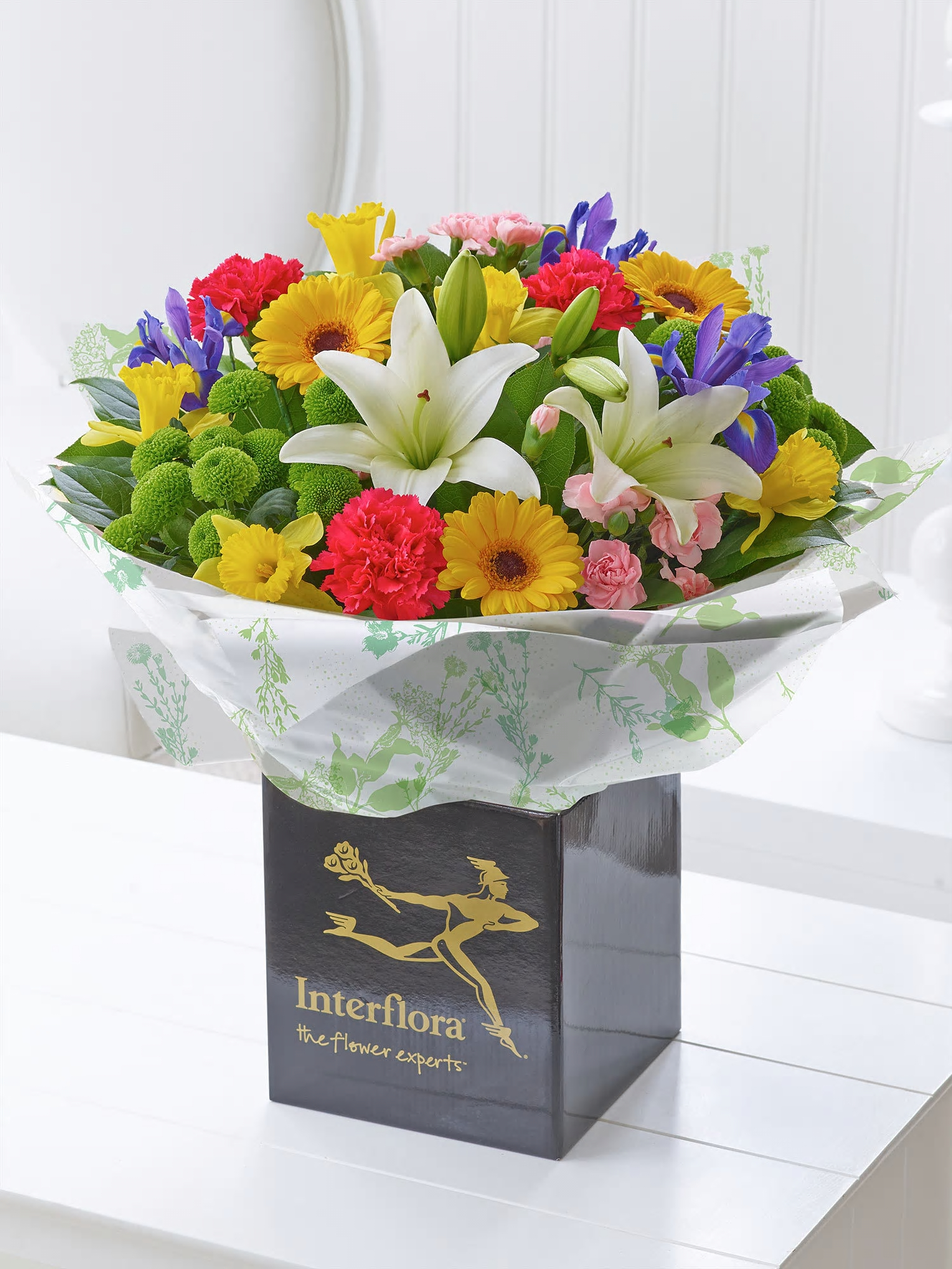 Fresh flower scent in london 748 holloway road image of spring favourites hand tied izmirmasajfo Choice Image