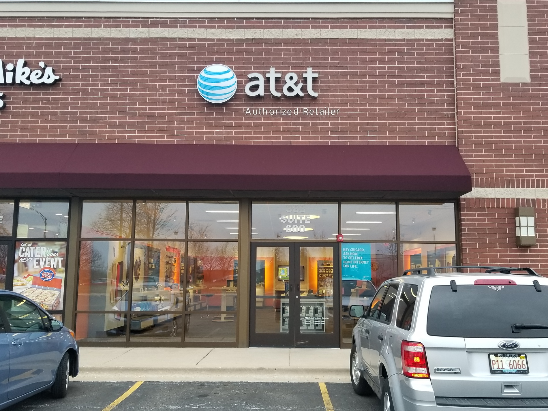 AT&T Store: 383 W Army Trail Rd Bloomingdale, IL | AT&T Experience