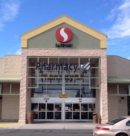 Safeway Store Front Picture at 2509 E 29th Ave in Spokane WA