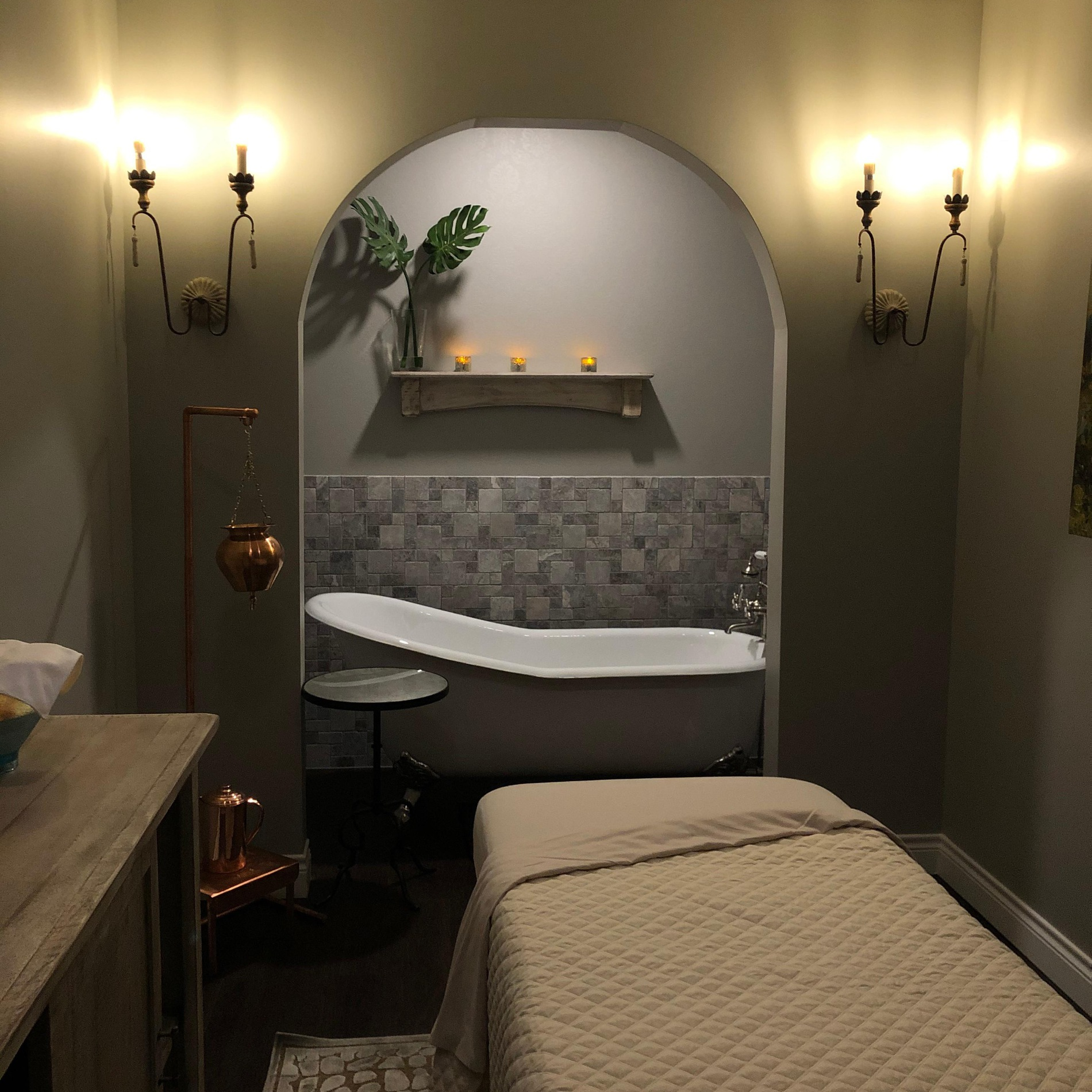 Take a seaweed or lavender soak in our tub before a massage of your choice.  You can also partake in one of our unique Sleep Treatments.