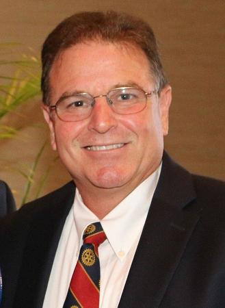 Photo of Tom Neumann