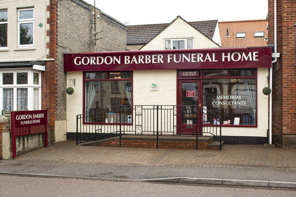 Gordon Barber Funeral Directors in Lowestoft