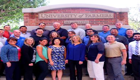 Top Agents from the Western US at Farmers® University with me.
