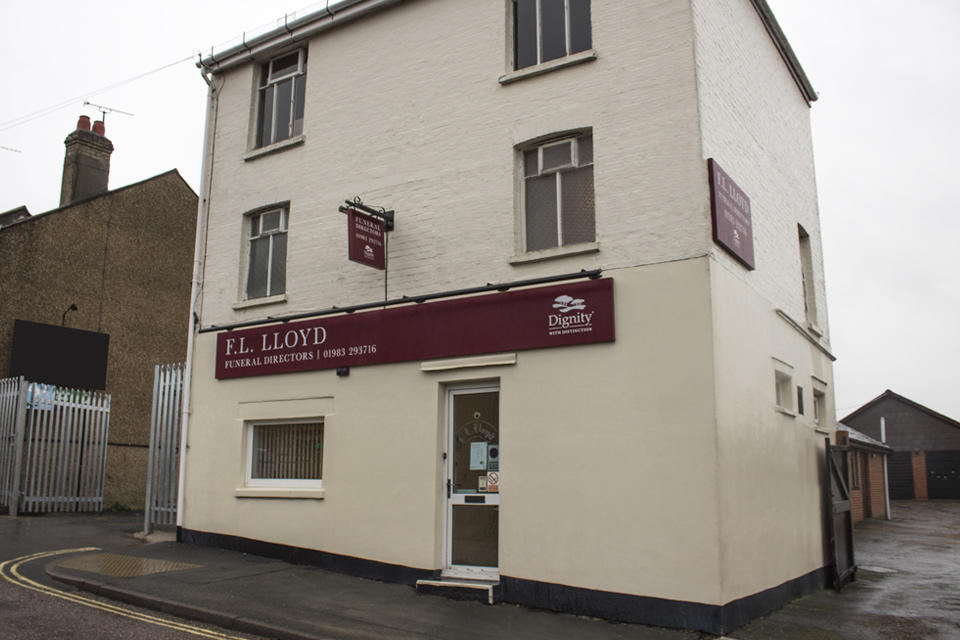 F L Lloyd Funeral Directors in Cowes