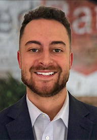 Justin Obregon Loan officer headshot