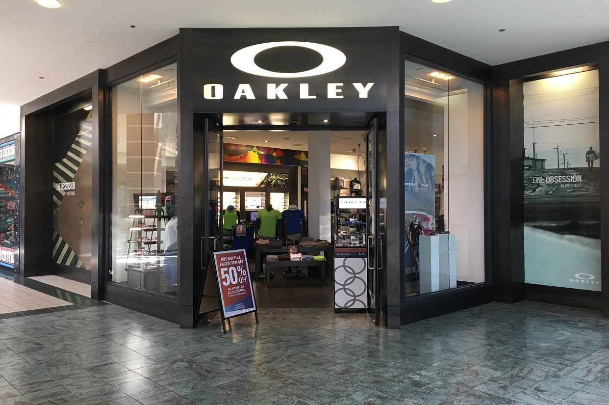 562612e73ce Oakley Store in 548 Brandon Town Center Dr Brandon