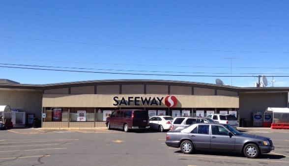 Safeway store front picture of 1220 Morgan St in Davenport WA