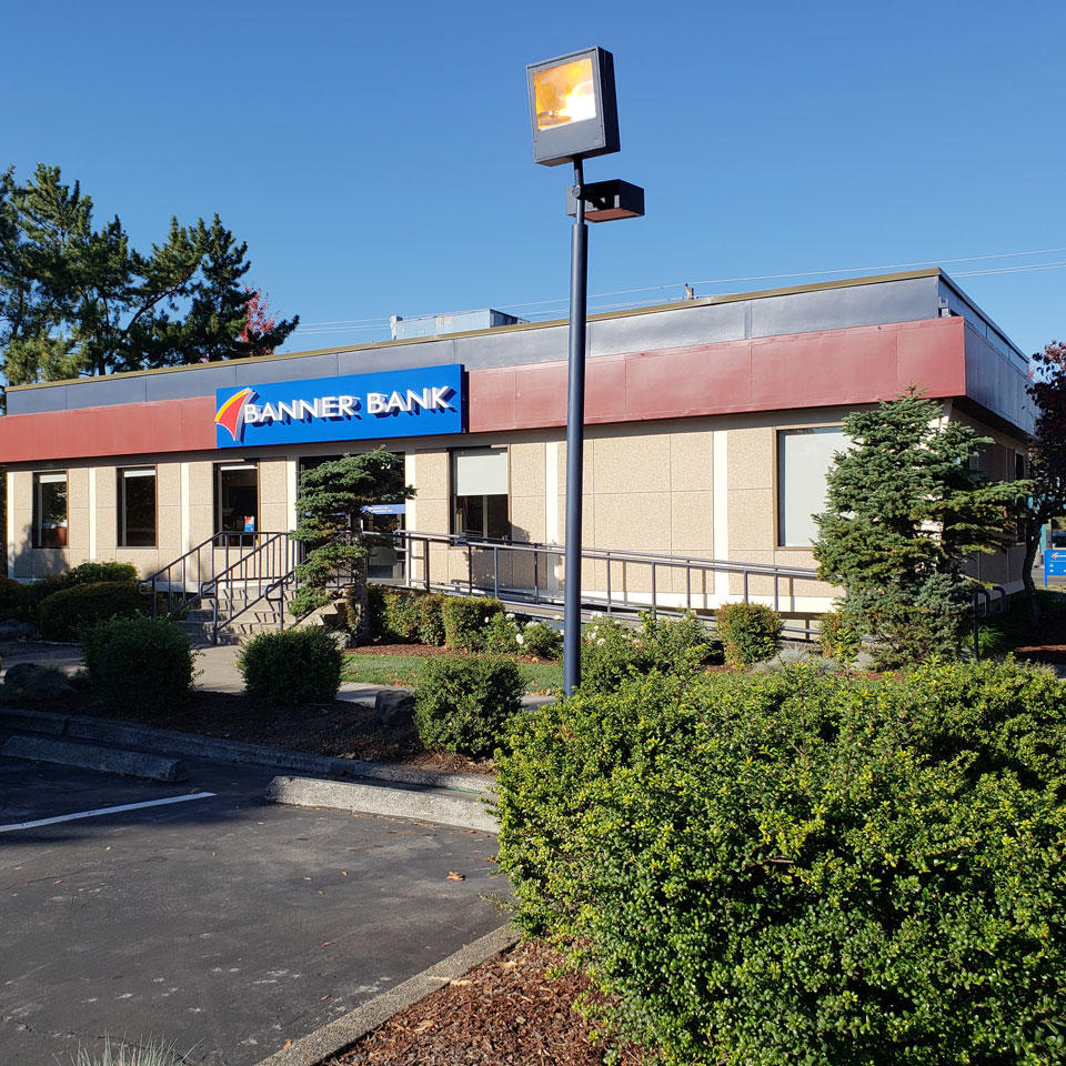 Banner Bank Cedar Hills branch in Beaverton, Oregon