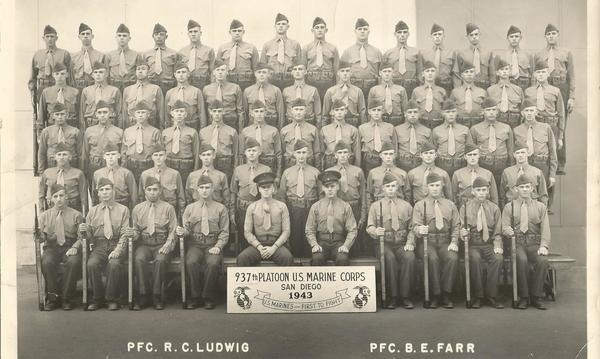 Group photo of the 937th Platoon US Marine Corps in 1943