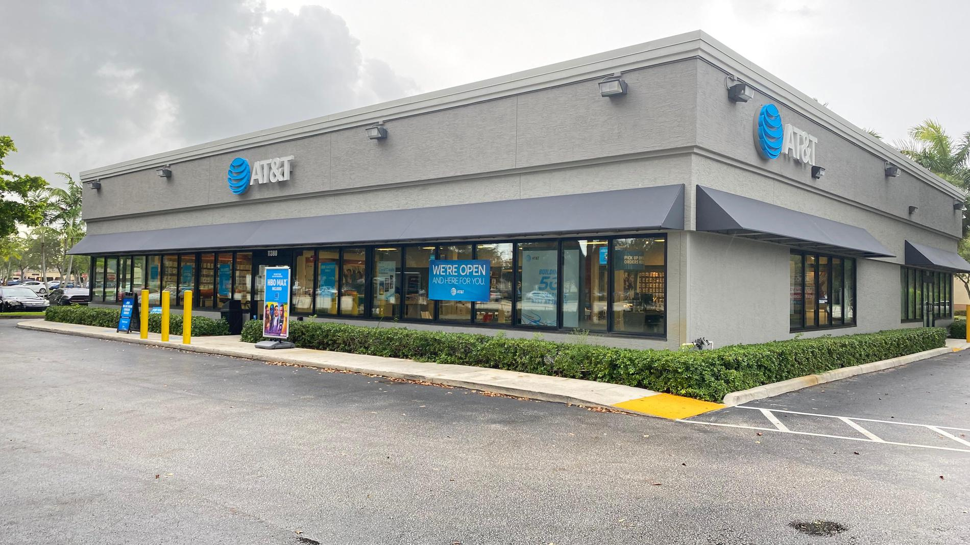pines plaza store apple iphone 12 and samsung devices pembroke pines fl at t pembroke pines fl