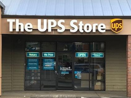 Facade of The UPS Store Tumwater