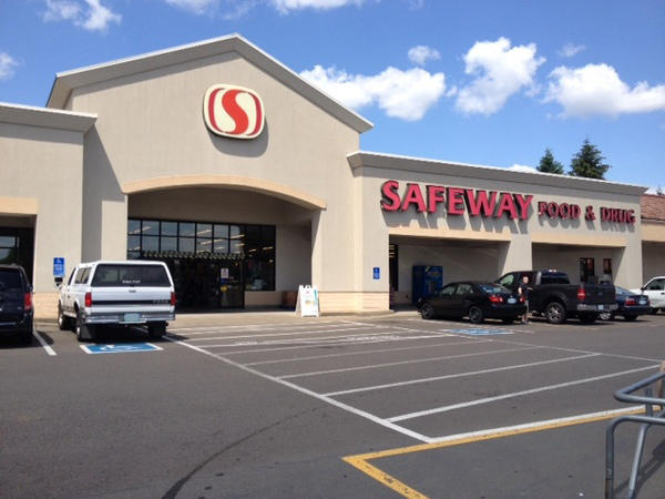 Safeway Store Front Photo at 1140 N Springbrook Rd in Newborn OR