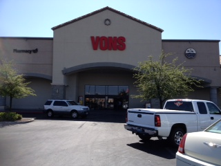 Vons Store Front Picture at 2667 E Windmill Pkwy in Henderson NV