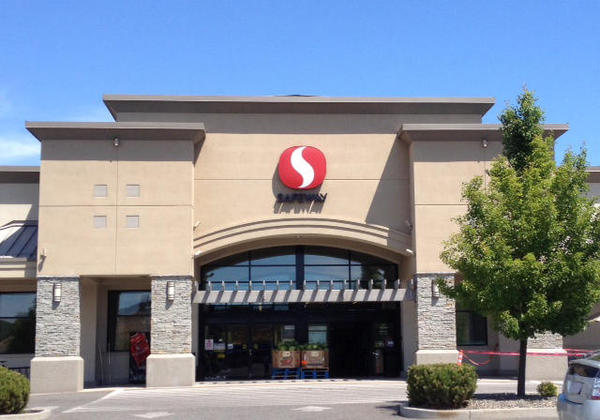 Safeway Store Front Picture at 430 SE Bishop Blvd in Pullman WA