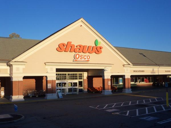 Shaw's Store Front Picture at 15 Smithfield Rd in North Providence RI