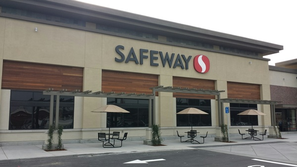 Safeway Store Front Picture at 5760 Cottle Rd in San Jose CA