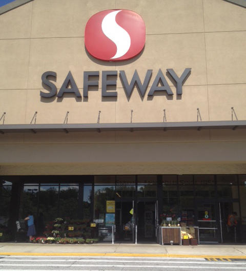 Safeway Store Front Picture at 2635 Housley Rd in Annapolis MD