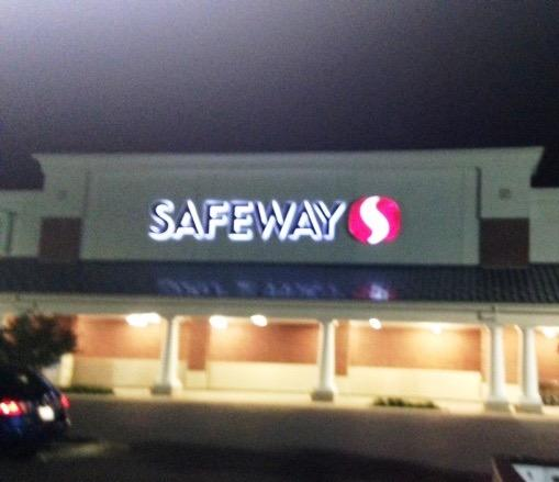 Safeway Pharmacy N View Dr Store Photo