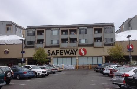 Safeway 42nd Ave SW Store Photo