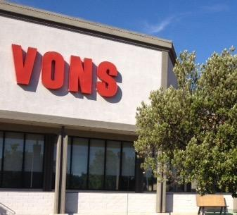 Vons Store Front Picture at 7135 El Camino Real in Atascadero CA