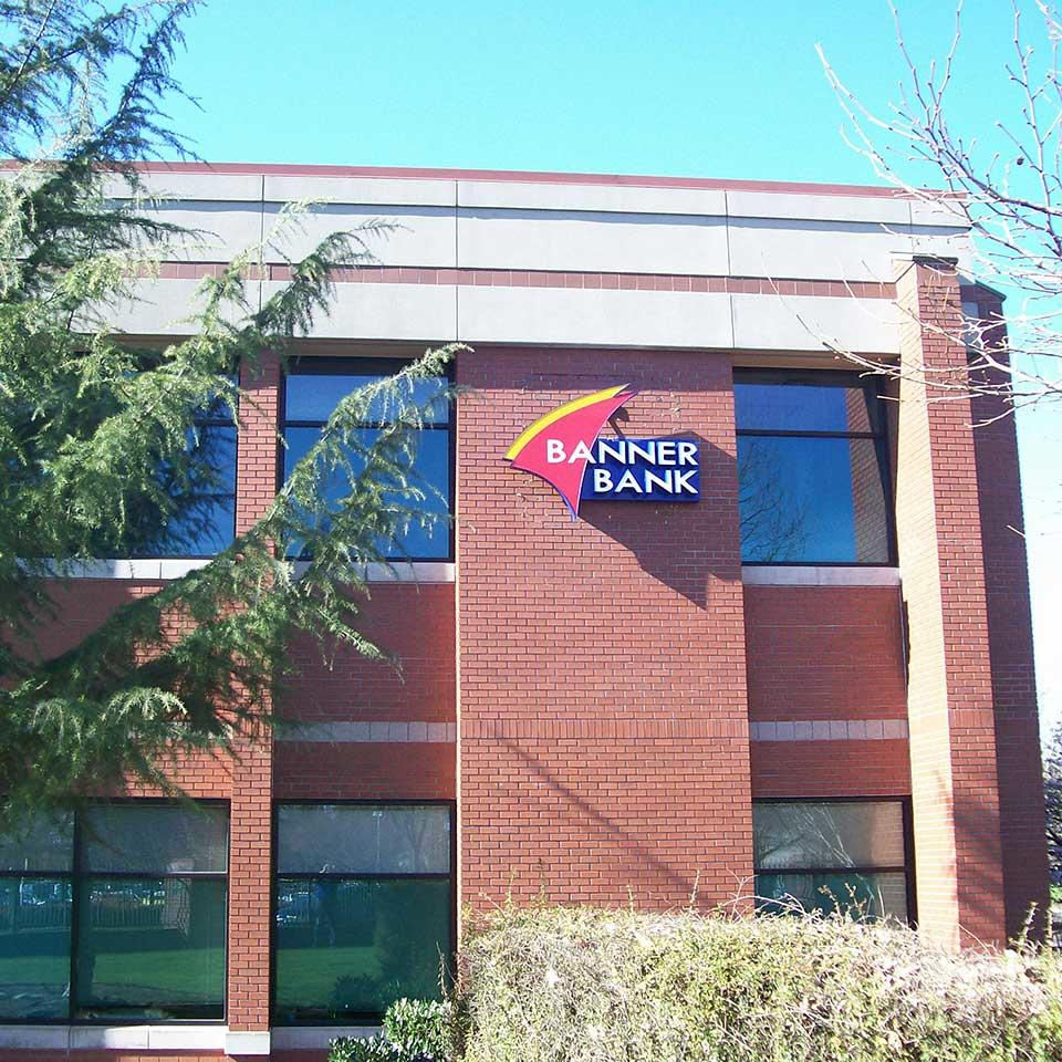 Banner Bank Valley River branch in Eugene, Oregon