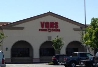Vons Store Front Picture at 6170 Hamner Ave in Mira Loma CA