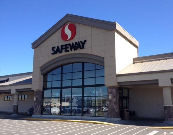 Safeway Store Front Picture at 1735 Virginia Ave in North Bend OR