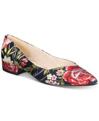 Image of Kenneth Cole New York Women's Camelia Flats