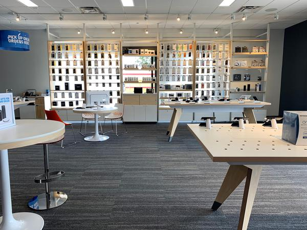 AT&T Store - - La Puente, CA