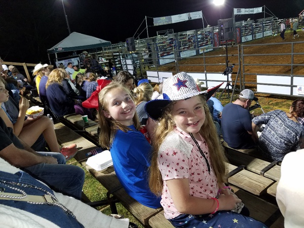agent's children at rodeo event