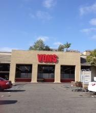 Vons Store Front Picture at 940 S Santa Fe Ave in Vista CA