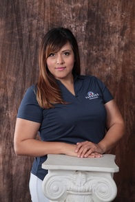 Photo of Claudia Espinoza