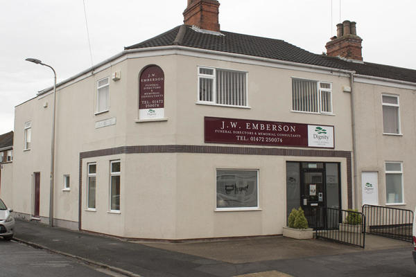 J W Emberson Funeral Directors in Grimsby