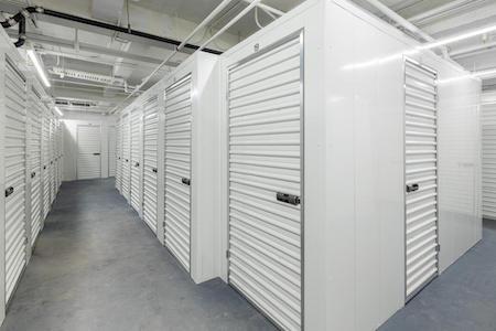 Brooklyn Heights storage facility interior