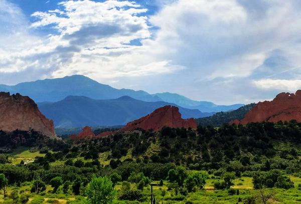 landscape of Colorado Springs, mountains and fields
