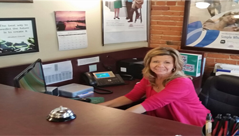 FRIENDLY STAFF TO HELP YOU AT MALLORY BEARD FARMERS® INSURANCE AGENCY
