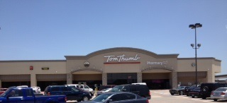 Tom Thumb Store Front Picture at 633 W Wheatland Rd in Duncanville TX