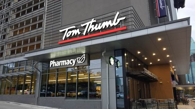Tom Thumb Storefront Picture at 2380 Field St in Dallas TX