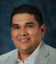 Oscar Navarro Agent Profile Photo