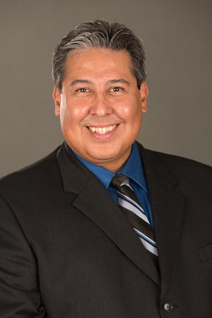 Robert Alvarez Agent Profile Photo