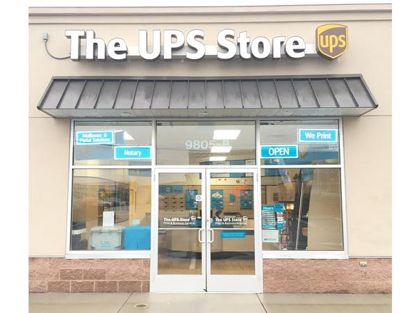 Facade of The UPS Store Cockeysville