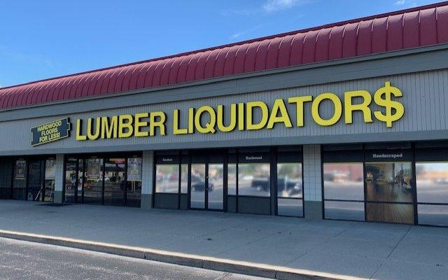 Lumber Liquidators Flooring #1370 East Indianapolis | 10207 East Washington Street | Store Front