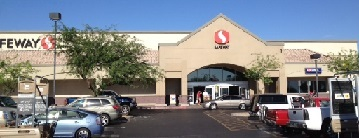 Safeway Store Front Picture at 4811 N 83rd Ave in Phoenix AZ