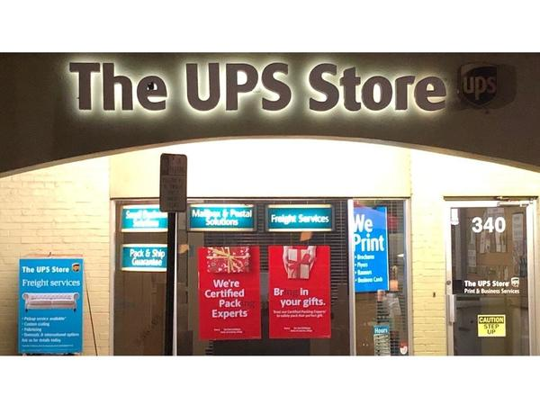 The UPS Store 9th St N: Shipping & Packing, Printing and