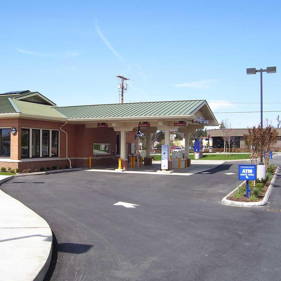 Banner Bank branch in Oak Harbor, Washington