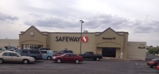 Safeway Store Front Picture at 702 W Hopi Dr in Holbrook AZ