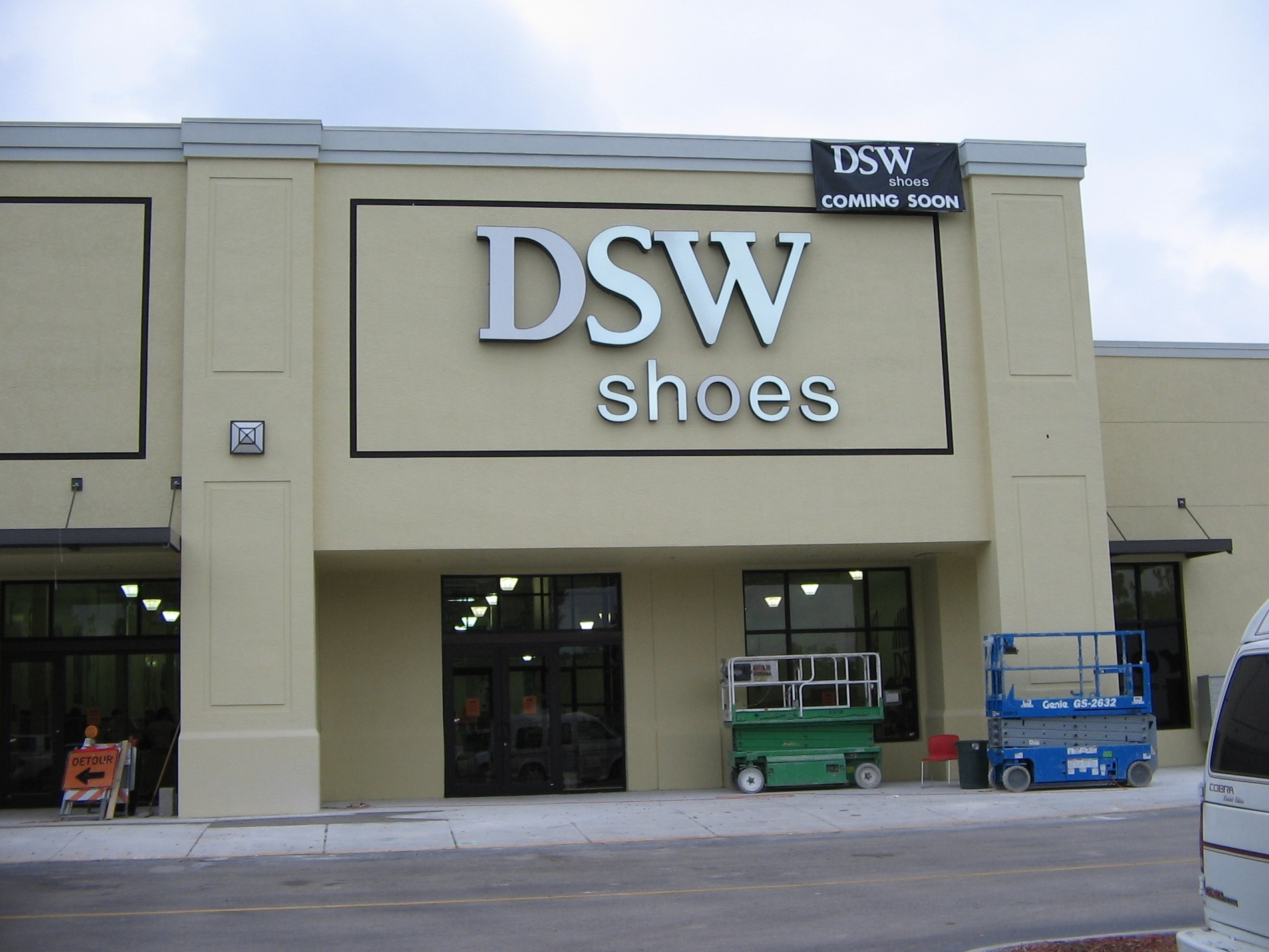 Dsw Womens And Mens Shoe Store In Fort Myers Fl