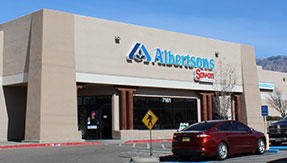 Albertsons Market Wyoming Blvd NE Store Photo