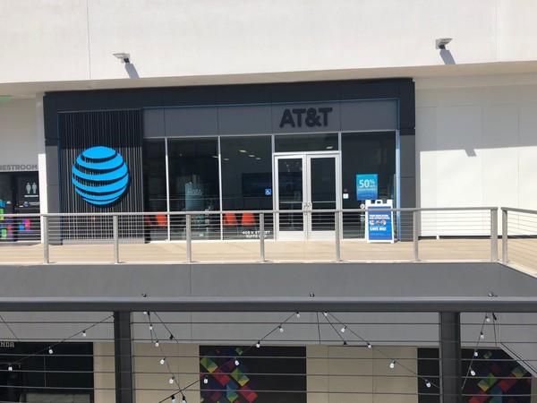 AT&T Store - - Sacramento, CA