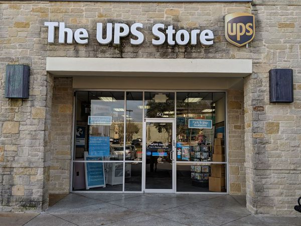 Facade of The UPS Store Austin